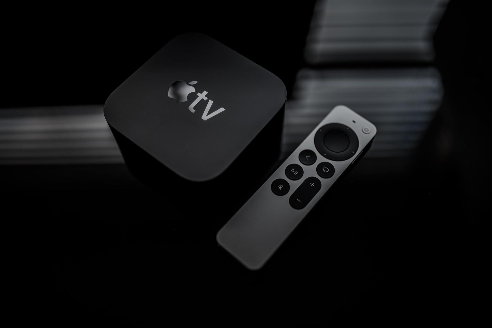 """Why Apple did not launch """"Apple TV Displays""""?"""