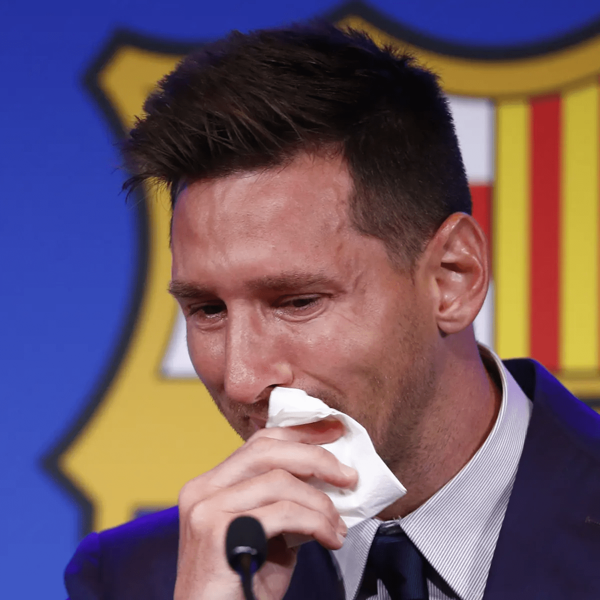Lionel Messi Signs Two-Year Contract with Paris Saint-Germain HalfofThe