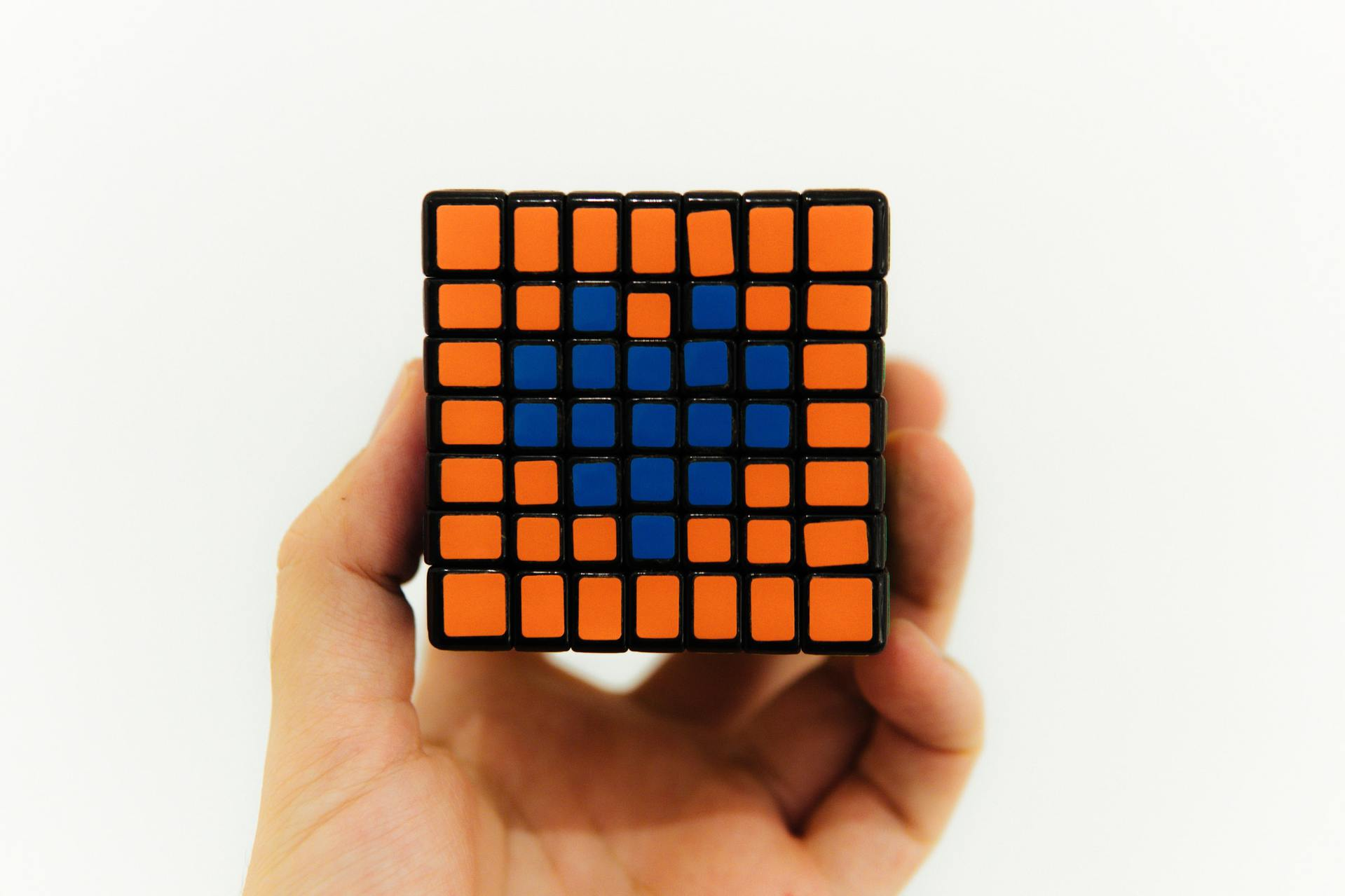 How to solve a Rubik's Cube: 9 steps