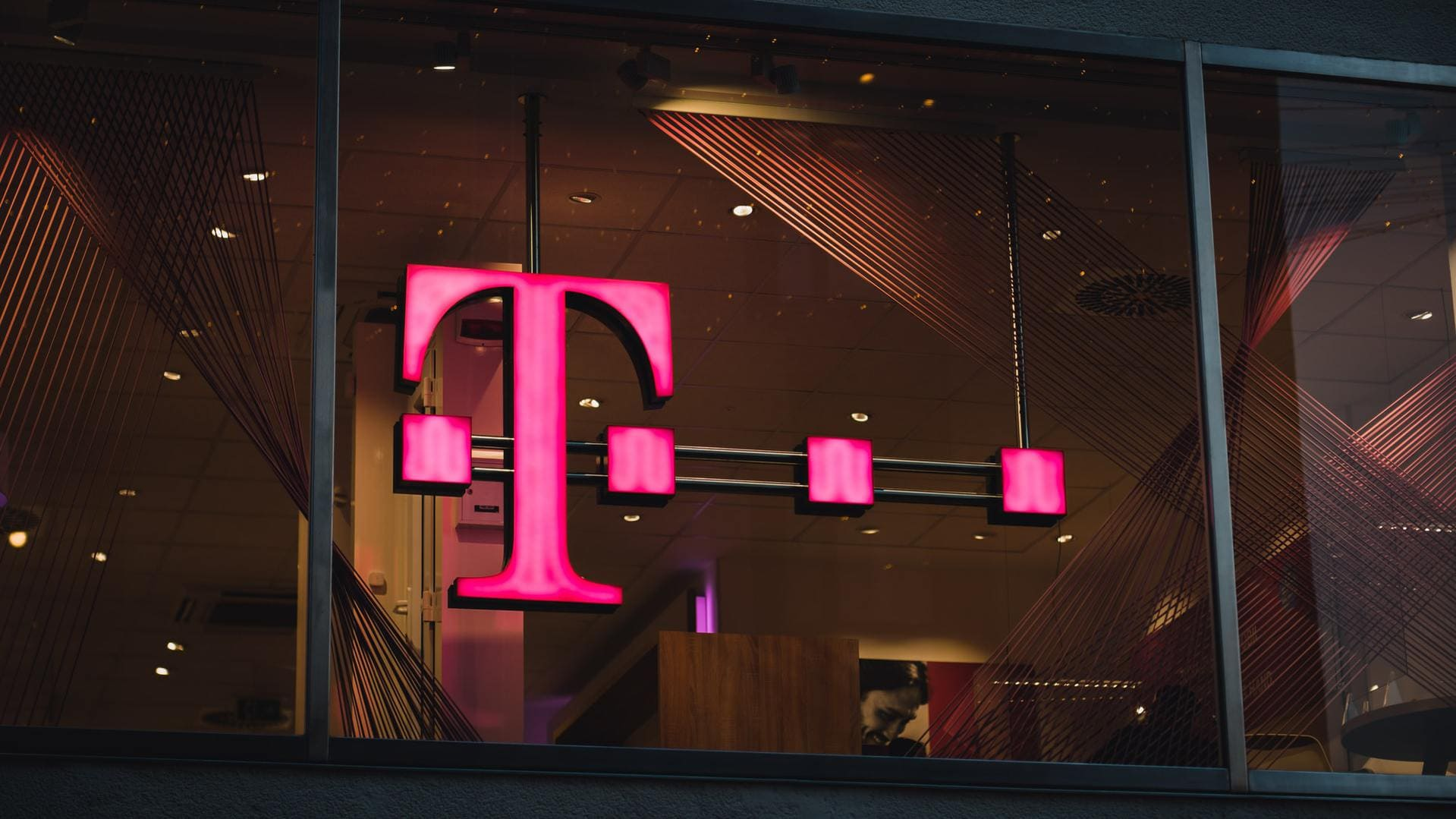 Yet another T-Mobile data breach in 2021