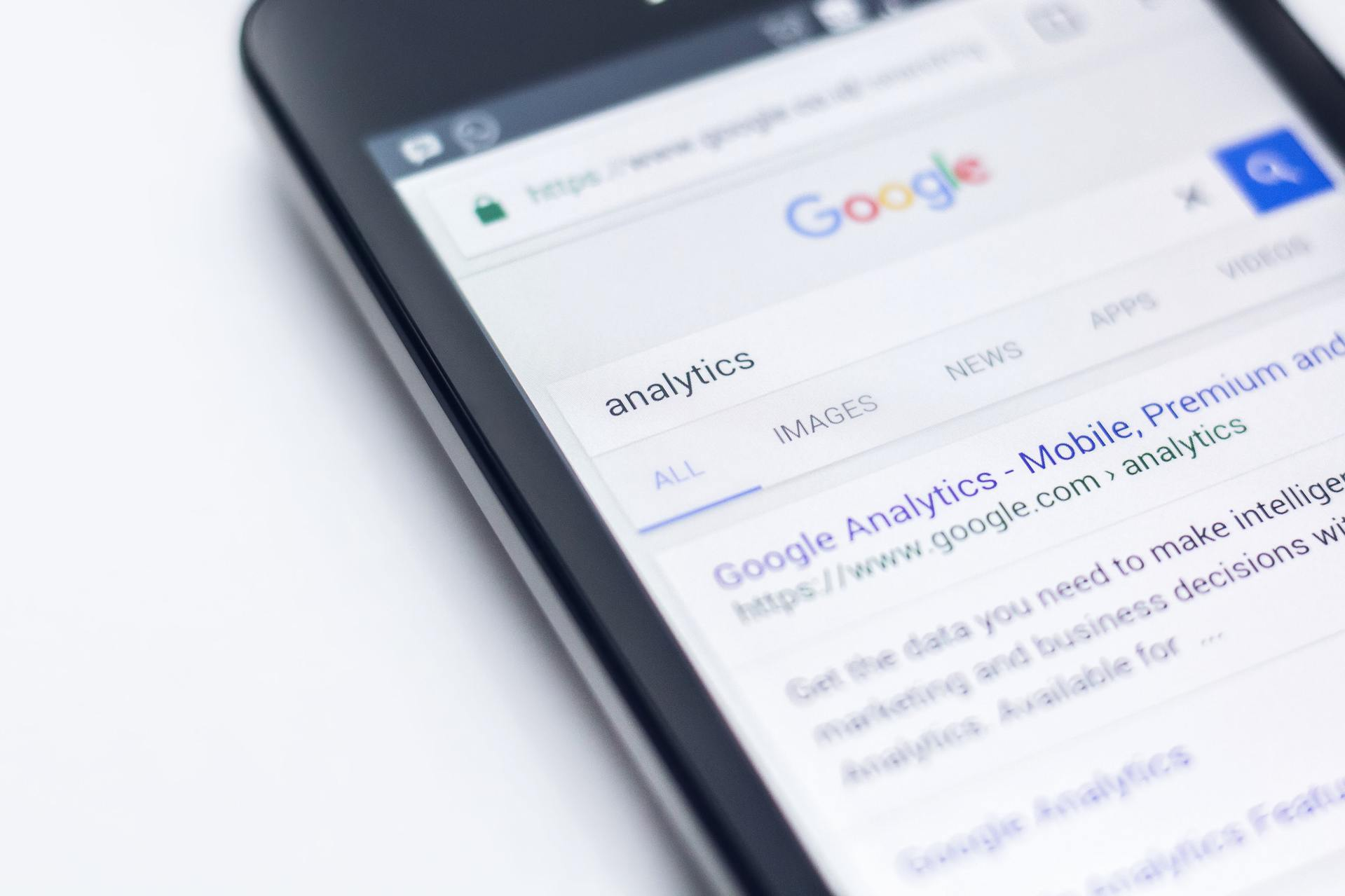 How to clear google search history?