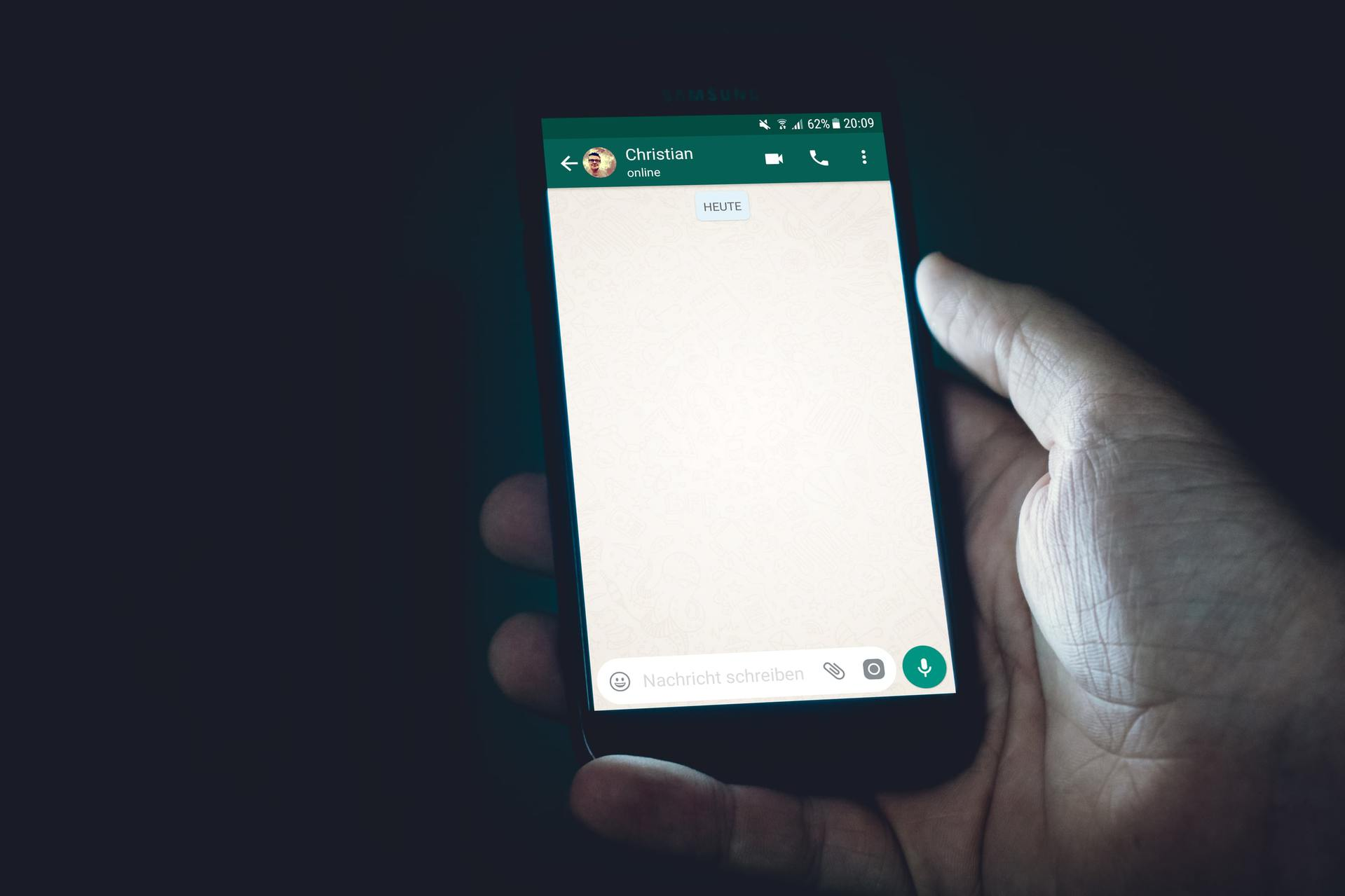 90-Day disappearing messages on WhatsApp coming soon